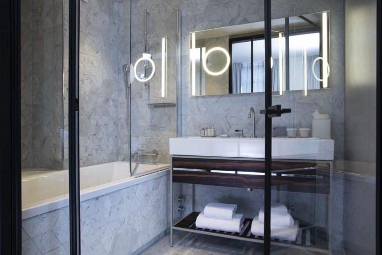 salle de bain chambre maison bréguet